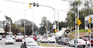 Porto Alegre - RS, 02.09.2016 Liberação do trânsito na Av. Wenceslau Escobar com Coronel Massot  Foto: Ivo Gonçalves/PMPA
