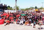 Foto dá uma dimensão da quantidade de pessoas presentes na caminhada