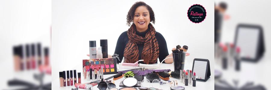Para Ju, maquiagem não só embeleza mas eleva a autoestima